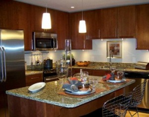 Una cocina luminosa eroski consumer - Eroski iluminacion ...