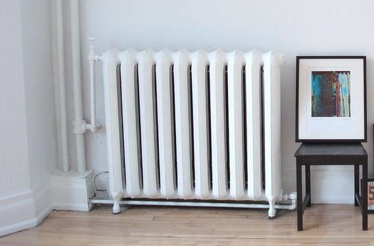 Desmontar un radiador para pintar o empapelar la pared - Radiadores para gas natural ...