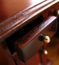 Cera de abejas para muebles de madera beatriz ach val for Cera para muebles de madera