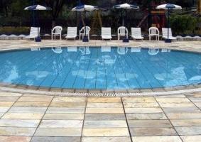Vacaciones baratas en la piscina eroski consumer for Piscinas hinchables eroski