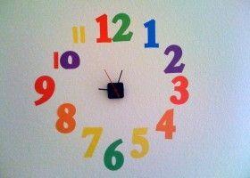 Ideas creativas y baratas para decorar un reloj de pared - Relojes para decorar paredes ...