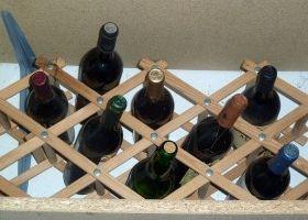 Ideas para construir un botellero artesanal eroski consumer - Muebles para poner botellas de vino ...