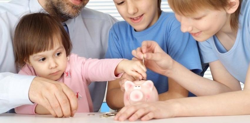 6 juegos para enseñar a los niños el valor del dinero