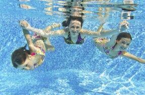 Imagenes de ni os nadando en picinas for Piscinas desmontables eroski
