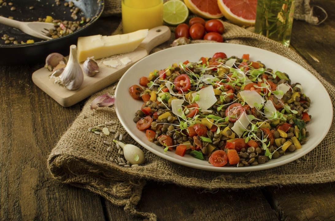 Ensaladas con legumbres en conserva eroski consumer for Cocinar lentejas de bote