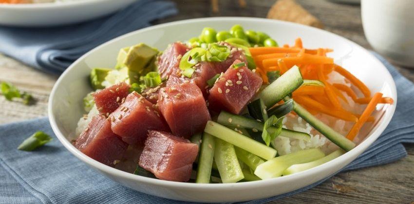 ¿Conoces las ensaladas de pescado crudo?