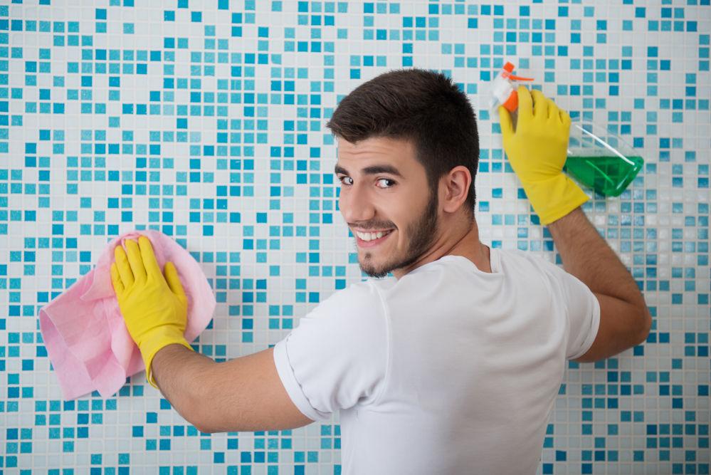 Cómo limpiar la casa por menos dinero? | EROSKI CONSUMER