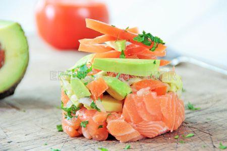 Tartar de salmón fresco y aguacate