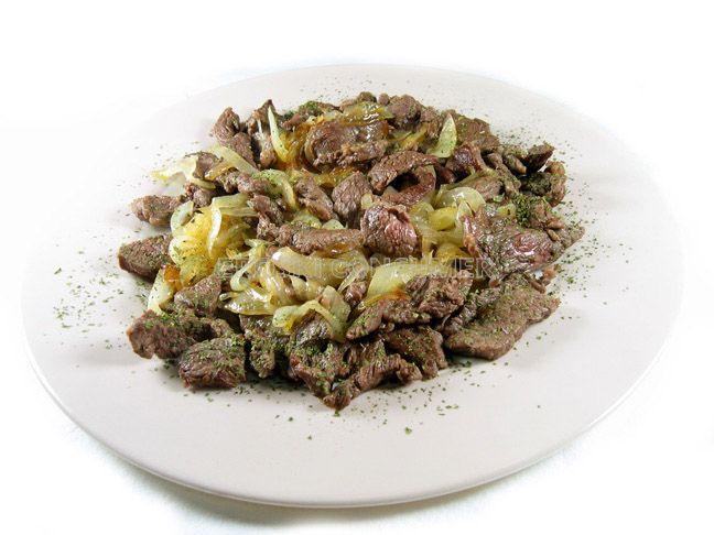 Receta de tiras de filetes de ternera con cebolla a la sidra