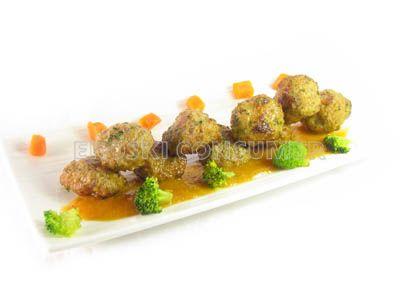 Albóndigas de verdel con salsa rápida
